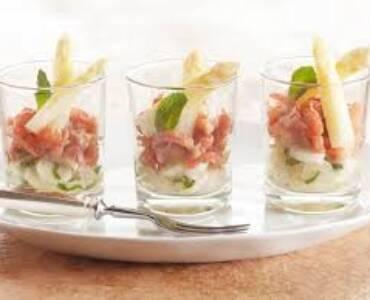Witte aspergesalade met Holl garnalen